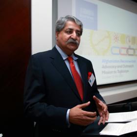 Hon. Syed Naveed Qamar